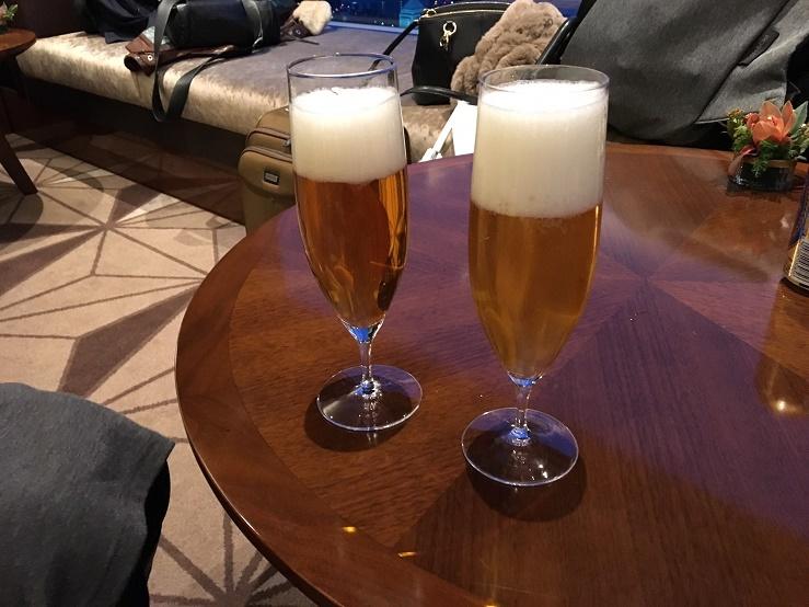 クラブラウンジのビール